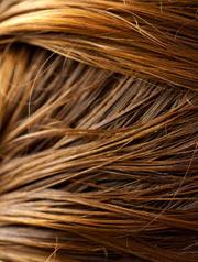 quitar la grasa del pelo